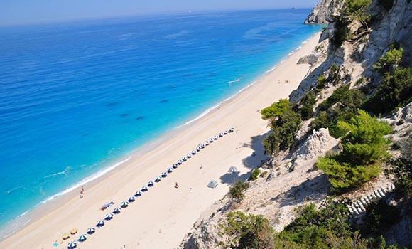 Αφιέρωμα στις πιο γνωστές παραλίες της Ελλάδας