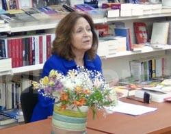 Δίδυμα Φεγγάρια, συνέντευξη με τη συγγραφέα του, Ρένα Ρώσση-Ζαΐρη!