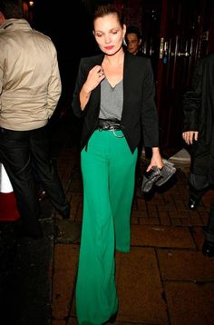 Fashion: Tips για να τα φορέσετε παντελόνια γεμάτα… χρώμα!