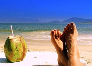 Η λίστα με τα πράγματα που χρειάζεστε στην παραλία