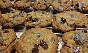Light μπισκότα με μαύρη ζάχαρη