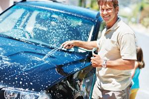 Πώς να πλύνετε το αυτοκίνητο σας… σαν επαγγελματίες!
