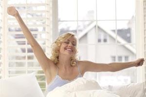 Tips για να ξυπνήσετε το πρωί... πιο όμορφη!