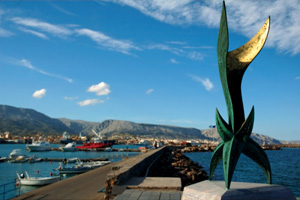 Χίος: Η μυροβόλος του Αιγαίου