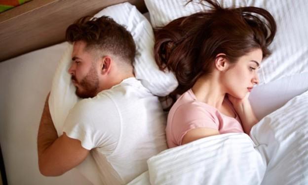 Τα 6 πράγματα που παθαίνει το σώμα όταν κόβουμε το σεξ