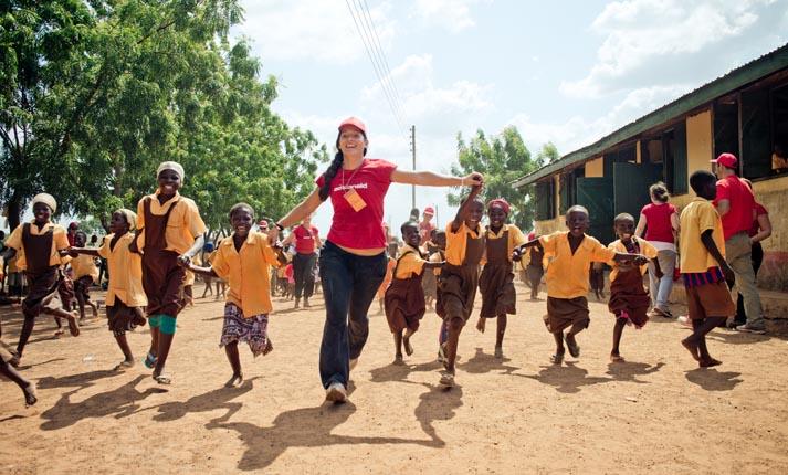 ActionAid: 5 ανεκτίμητα δώρα για να κάνεις τον κόσμο καλύτερο