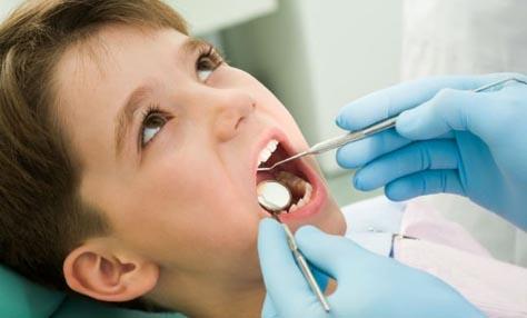«Αδαμαντιάδα»: Εθελοντές οδοντίατροι σε 60 δημοτικά σχολεία