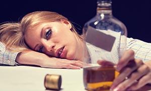 Αλκοόλ και ύπνος: δεν θα ξεκουραστείς αυτό το βράδυ