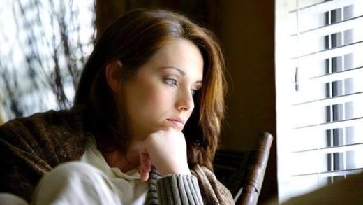 Από τον τρόπο που μιλάω φαίνεται ότι έχω κατάθλιψη;