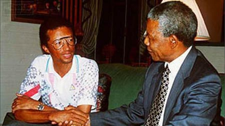 Arthur Ashe:O παγκόσμιος πρωταθλητής του τένις που προσβλήθηκε από AIDS, αλλά δεν το έβαλε κάτω
