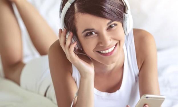 Audio books: με ένα βιβλίο στα ακουστικά