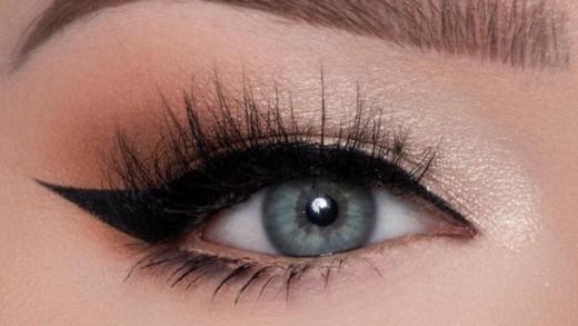 Δες 3 hacks για να κάνεις τέλεια τη γραμμή eyeliner