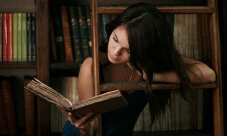 Πώς μας βελτιώνει το διάβασμα;