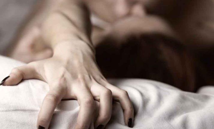 Διεγερτικές στάσεις για στοματικό σεξ