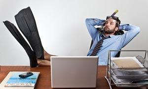 Δουλειά μετά τις διακοπές; 7 tips για να επιβιώσετε!