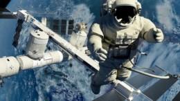 ellines_foitites_vrikan_tropo_na_trone_fresko_fagito_oi_astronautes_featured