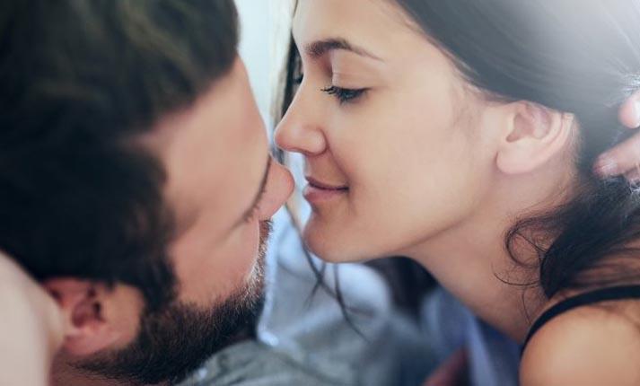 Ερωτικές συμβουλές για γυναίκες που θέλουν να έχουν τον έλεγχο