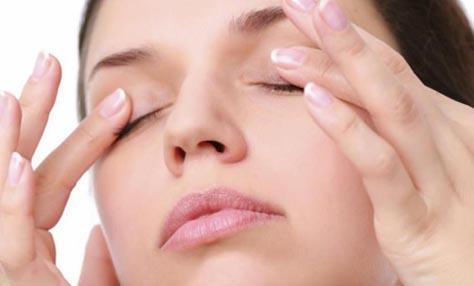 Εύκολοι τρόποι για να αντιμετωπίσετε τα σημάδια κούρασης στα μάτια