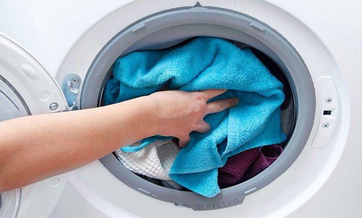 Τι λάθη κάνουμε στο πλύσιμο των ρούχων