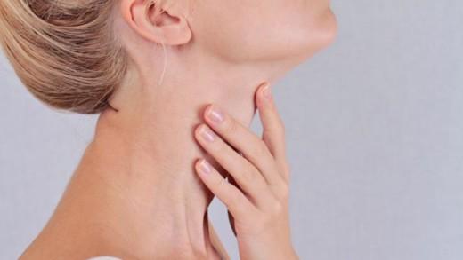 Φροντίστε το δέρμα του λαιμού σας