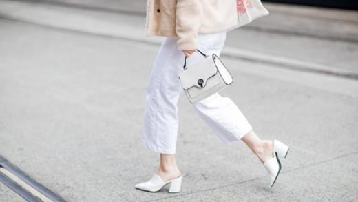 Φθινοπωρινό update: Λευκά παντελόνια