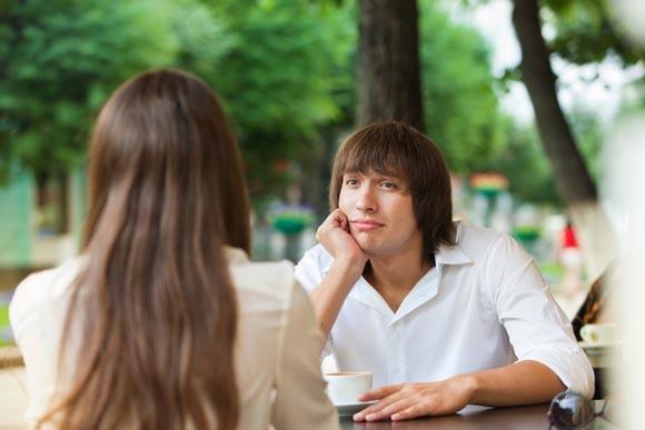 Γιατί σε «βλέπει» φιλικά το άτομο που σε ενδιαφέρει ερωτικά;