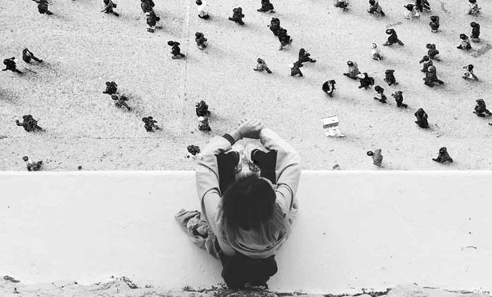 Η διαφορά του να είσαι εσωστρεφής από το να είσαι ντροπαλός