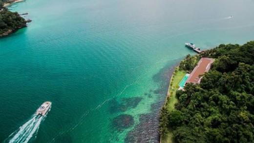 Η μοναδική κατοικία ενός τροπικού νησιού στη Βραζιλία