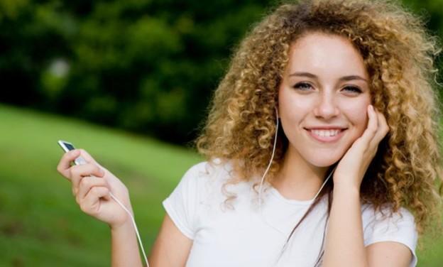 Η μουσική που μειώνει το άγχος κατά 65% με την έγκριση της επιστήμης!