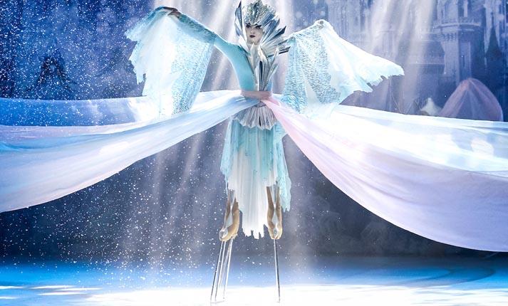 """""""Η Βασίλισσα του Χιονιού"""" στον πάγο"""
