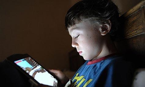 Ίντερνετ -Εξάρτηση μιας νέας εποχής για τα παιδιά