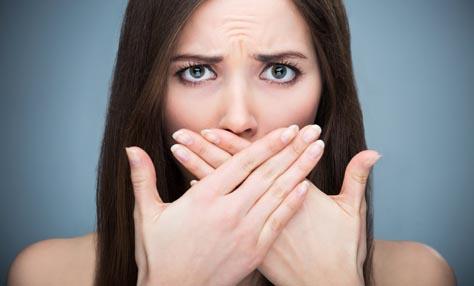 Καταπολεμήστε τη δυσοσμία του στόματος με διατροφή