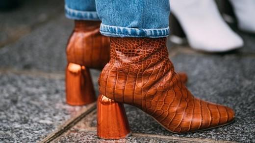 Κροκό παπούτσια και τσάντες: Τα πιο ποθητά αξεσουάρ της νέας σεζόν