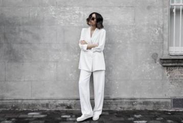 Λευκό κοστούμι: Η πιο κομψή τάση της σεζόν