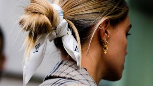 Μαντίλια: Πέντε τρόποι για να τα φορέσετε