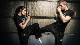 mia_polemiki_texni_eidiki_gia_duskoles_sunthikes_maxis_krav_maga_featured