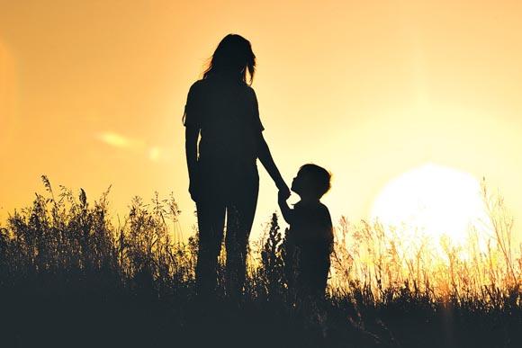 Μητέρα σ' αγαπώ! Και σήμερα και κάθε μέρα!
