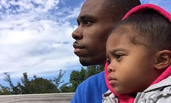 Μπαμπάς και κόρη εμπνέουν με πρωινές επιβεβαιώσεις