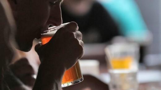 Μύθοι για το αλκοόλ που σίγουρα έχετε ακούσει
