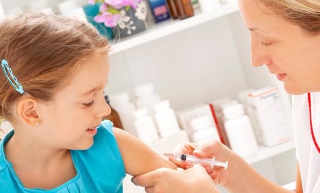 Μύθοι και αλήθειες για τα εμβόλια