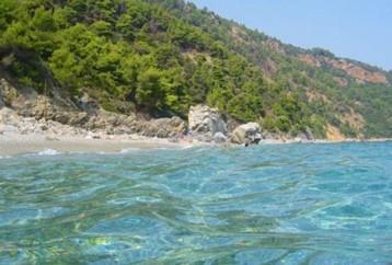 Οι 5 καλύτερες παραλίες στη Σκόπελο που θα σε κάνουν να θες να μείνεις για πάντα στο νησί!