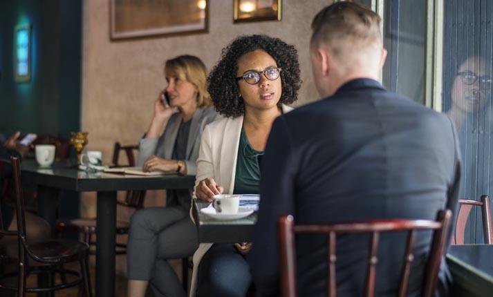 Οι διαρκείς επανασυνδέσεις μετά από χωρισμό, πυροδοτούν το άγχος και την κατάθλιψη