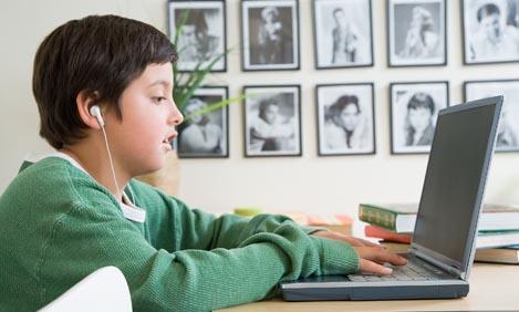 Οι παγίδες του διαδικτύου για τα παιδιά