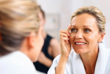Οκτώ συμβουλές για σφριγηλό δέρμα μετά τα 40