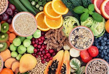 Πιο υγιείς όσοι τρώνε περισσότερες φυτικές ίνες κάθε μέρα