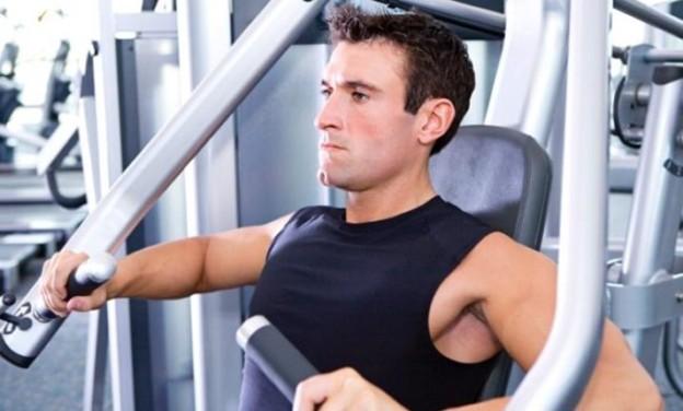 Πώς η έντονη γυμναστική σκοτώνει την ερωτική διάθεση των αντρών
