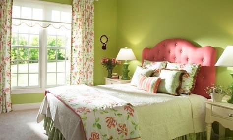 Πώς να ανανεώσετε την κρεβατοκάμαρά σας για την άνοιξη