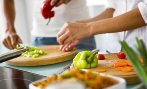 Πώς να προετοιμάσουμε ένα ασφαλές γεύμα;