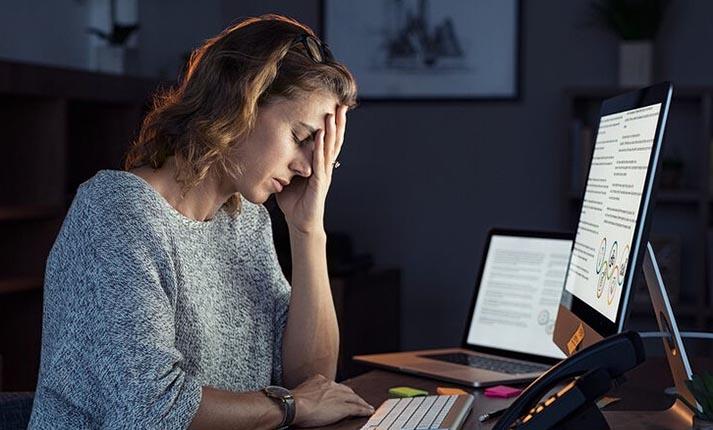 毎日何時間の作業が脳卒中や心臓発作のリスクを高めるか