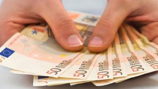 Πόσο σχετίζεται το χρήμα με την ευτυχία;